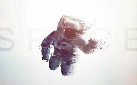 Astronauta nello spazio esterno moderna arte minimalista. Dualtone, anaglyph. Elementi di questa immagine forniti dalla NASA Archivio Fotografico - 71443067