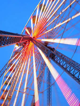 Riesenrad Spinnerei in der Abendd�mmerung