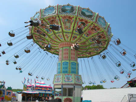 Ein Swinger Fahrt zu einem Karneval