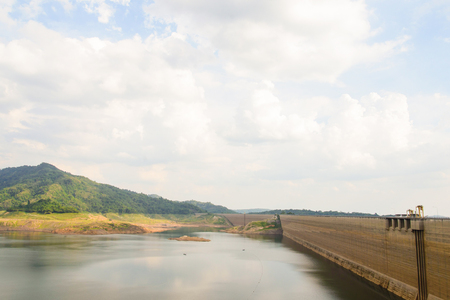 compacted: Khundanprakarnchon dam,Roller compacted concrete dam is the longest in Thailand Stock Photo