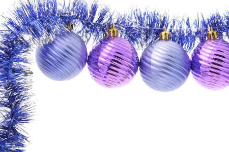 schittering: Kerstmis frame van ballen en schittering over wit Stockfoto