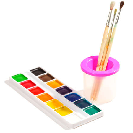 Dry aquarelle and paintbrushes over white Stock Photo - 9284821