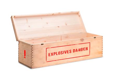 An open wooden box with dangerous explosives Imagens