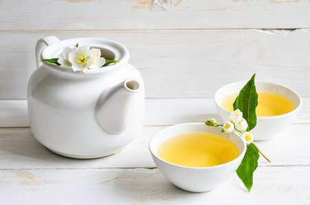 Chá com flores de jasmim Imagens