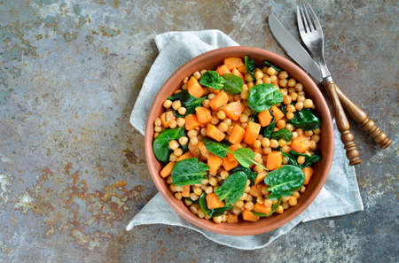 Roasted chickpea and butternut squash salad