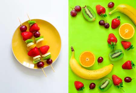 brochetas de frutas: Brochetas de frutas y bayas concepto, simple harina cruda saludable y los ingredientes, bueno para los niños del partido, vista desde arriba Foto de archivo