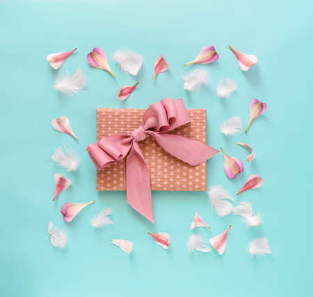 적합: 어머니의 날, 발렌타인, 생일 또는 다른 적합한 이벤트 축 하 카드 개념, 평면 누워, 위에서보기
