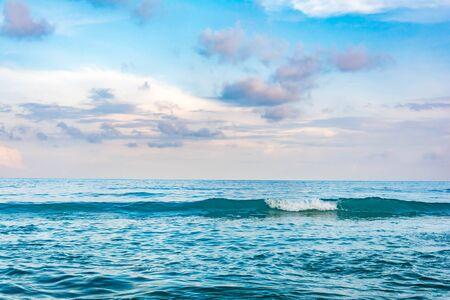 waves crashing: Waves crashing into the Beach at daytime