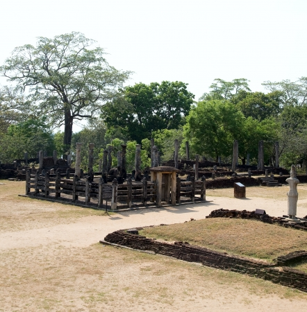 latha mandapaya - lotus anctuary  - ancient capital of Ceylon  in Polonnaruwa, Sri Lanka  photo