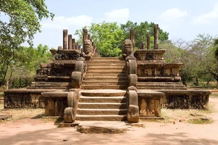 srilanka: Sri-Lanka - Polonnaruwa - ancient capital of Ceylon - audience hall