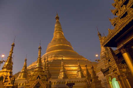 southeast asian ethnicity: Shwedagon Paya is a 98m gilded stupa in Rangoon, Myanmar. Shwedagaon is the most religious Buddhist site in Myanmar housing several Buddha relics.