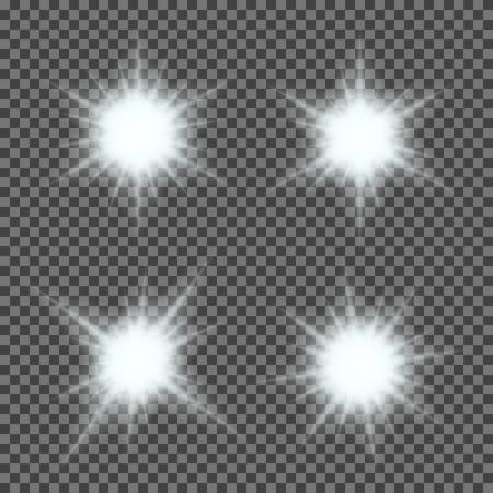 Insieme vettoriale di incandescente luce irrompe con scintillii su sfondo trasparente. Stelle gradiente trasparenti, fulmini fiammate. Magia, effetti naturali, luminosi. Texture astratta per la progettazione e le imprese.