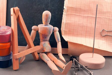 dummy: Classic wooden dummy and other art tools.