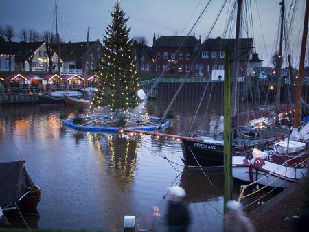 cristmas: Carolinensiel with cristmas tree