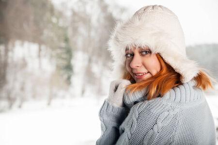beautifull woman: Beautifull woman on the winter background