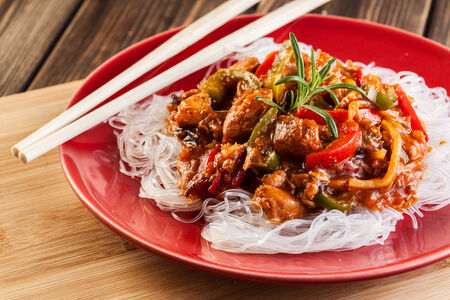 Chinese chicken with vegetables and rice noodles