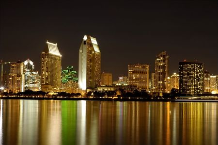 marina life: San Diego skyline at night
