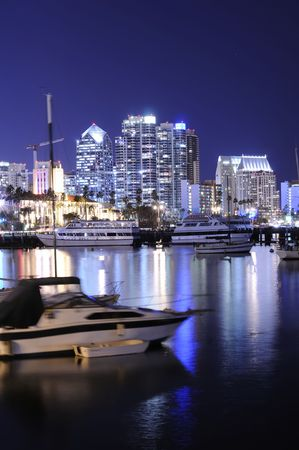 marina life: San Diego harbor at night