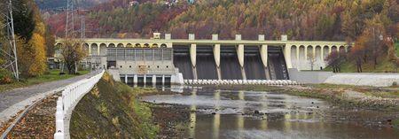 sola: waterdam  - Porabka - beskid zywiecki - river Sola - poland