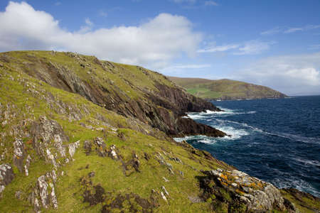 cliffs in ireland, dingle Stock Photo - 6797019