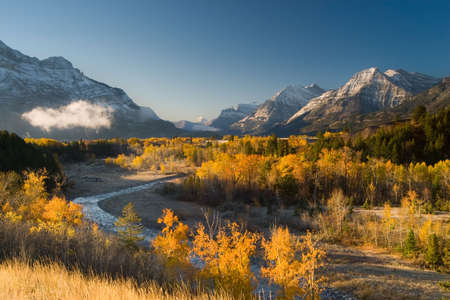 picturesque moutnain range,waterton