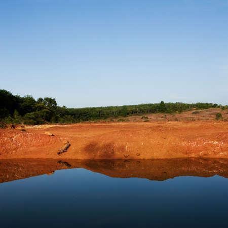 Lake Red Cliffs photo