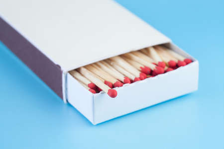 matchbox: Matches in a matchbox