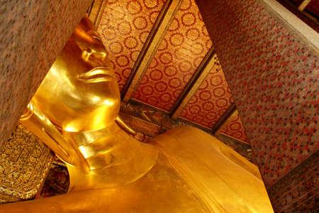 reclining: Reclining buddha gold statue, Thailand