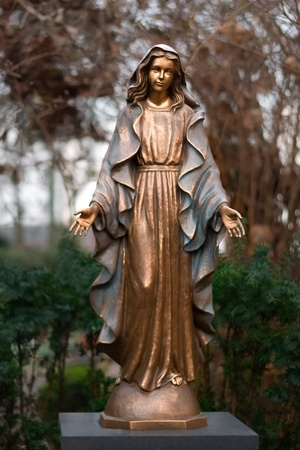 Statue of virgin Mary Stock Photo - 12820747