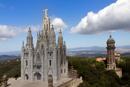 cor: Temple de Sagrat Cor and Torre de les Aigues, Tibidabo, Barcelona Stock Photo