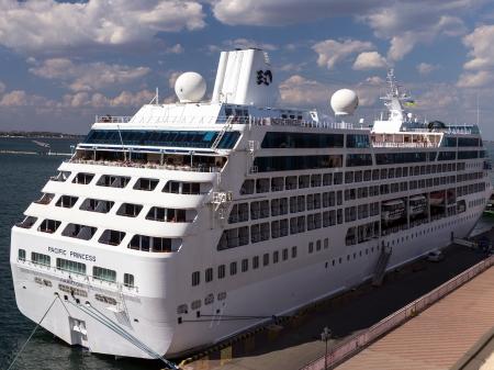 ODESSA, Ukraine - July 22: Cruise ship Pacific Princess came into the port of Odessa, Ukraine on July 22, 2013. Odessa is the cruise port of Ukraine.  新聞圖片