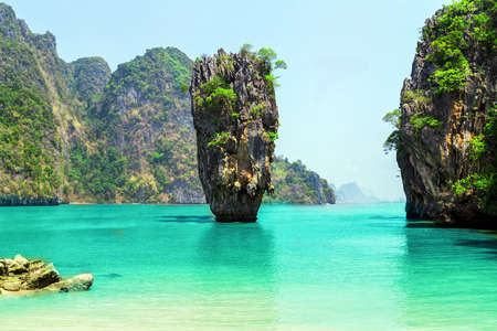 Thailand James Bond stone Island, Phang Nga Banque d'images
