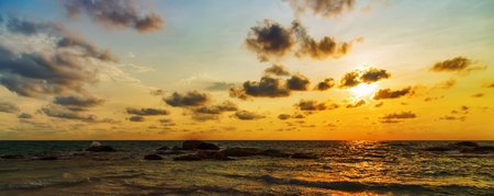 Sunrise wave tropical vacation Panorama