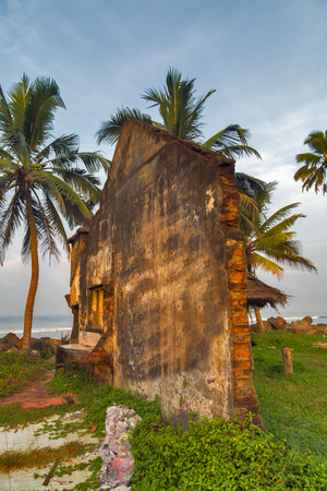 tsunami: Tsunami destruction crash house ruins