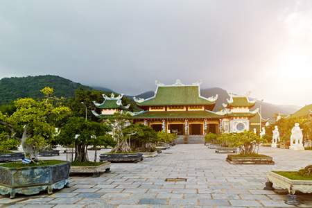 Linh Ung – Bai But largest pagoda in Da Nang City in both scale and art of architecture Vietnam, with curved roof in dragon shape, the solid pillars surrounded by sophisticated sinuous dragons.