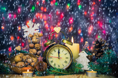twelfth night: Festive Christmas clock with the time twelfth in New YEAR