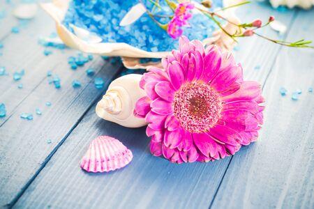 beauty treatment salon: Spa concept with aromatic flower and bath salt Stock Photo