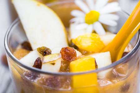dizzy: Fruit dizzy: a delicious pear mousse and raisins