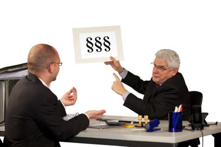 minimum wage: A senior manager refusing the salary increase of his employee by referring to minimum wage
