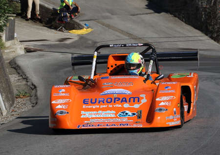 prototype racing cars - Rising speed race Chiavari Leivi - Chiavari (Italy) 093009. Reading engaged during the race.