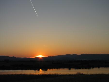 sunset on the lake Stock Photo - 16048905