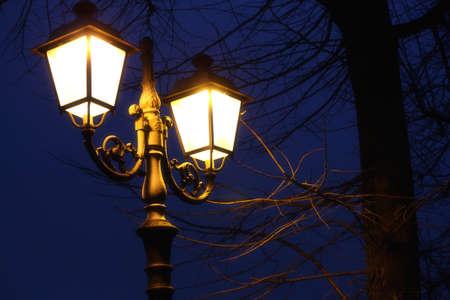 lampposts: Tarde farola Foto de archivo