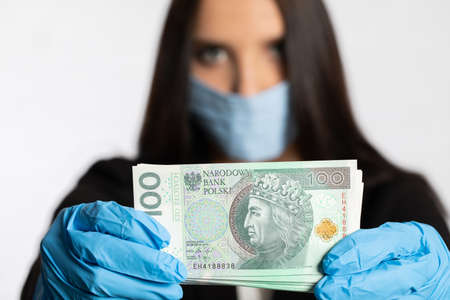 During the period of risk of infection with an infectious disease, it is necessary to use a face mask and rubber gloves.
