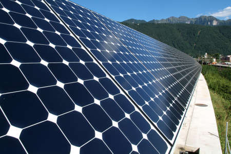paneles solares: paneles solares de implante Foto de archivo