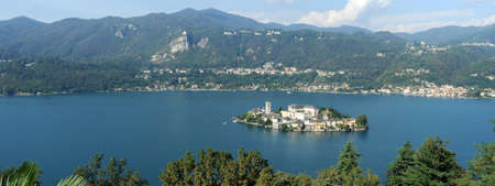 Overview at lake Orta with the island of San Giulio photo