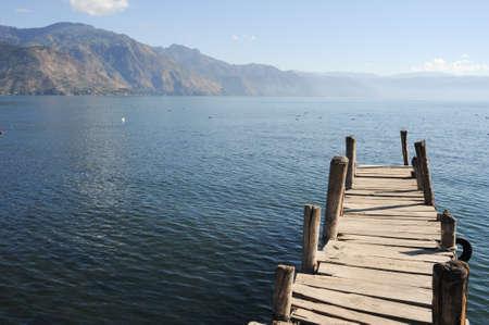 Pijler in San Pedro op meer Atitlan, Guatemala Stockfoto - 27912840