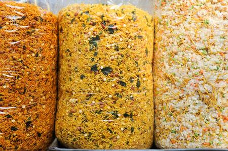 munching: Indian snacks