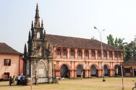 monument in india: Fort Cochin, India - 16 January 2015: People near che monument of Santa cruz secondary school at Fort Cochin on India Editorial