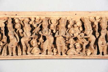 friso: Aislado antiguo friso de madera indio