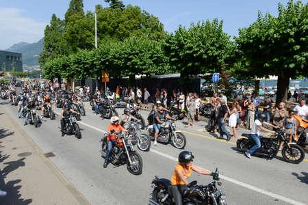 Lugano、スイス連邦共和国 - 2015 年 7 月 4 日: スイス連邦共和国のスイス連邦共和国の Lugano、スイス ハーレー日パレードの Bykers